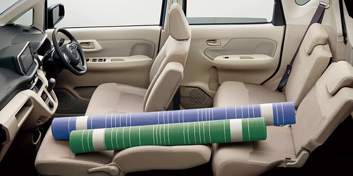 軽自動車なのに広い室内スペースと気の利いた収納スペース